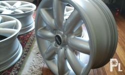 No tires included, mags only. 17� Original Mini