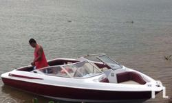 18ft Maxum boat made by Bayliner, length of 18ft, extra