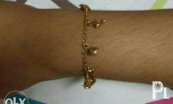 18Karats Bracelet with Authentic Pearls Limited design