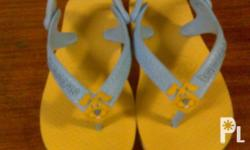SPECS: BNEW,AUTHENTIC,COLOR YELLOW,W/ BOX AND SHOE