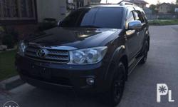 2010 Fortuner G variant genuine factory leather seats