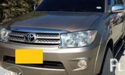 2011 toyota fortuner g diesel automatic trans, plate