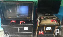 2units xbox gaming arcade,good condition