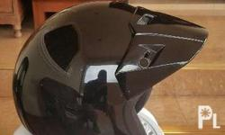a second hand motorcycle helmet at 4,000 pesos only