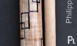 Avail this cue and you will get free extra shaft, 1x2