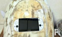 Jailbroken ps vita slim 3.60 Good condition Can play