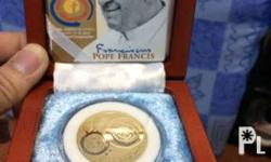 Selling 500 peso gold coin of pope francis Collectors