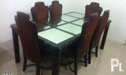 Dinning table. Good condition. Wood type Philippine