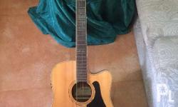 Acoustic guitar alvarez brand good as new