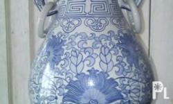 Ceramic faded blue & white in complete & perfect
