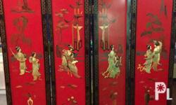antique wall divider with embossed jade carvings Red