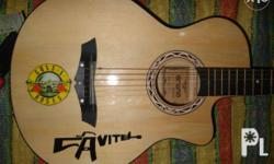 For sale arena acoustic guitar Makinis pa po parang
