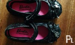 Selling my daughters's barbie black shoes size 5