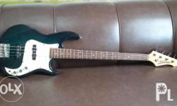Bass Guitar Vantage Good Condition Sm fairview area.