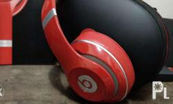Beats studio wireless color red. Like new. Infinity