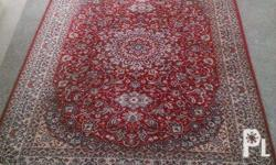 Very nice and sweet carpet. Made in wool. Face-to-face