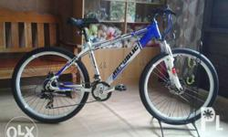 1 month use. Good condition. Shimano equipped. good as