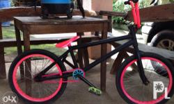 Frame: Fitbikes Bars : cult seat : velo combo seat
