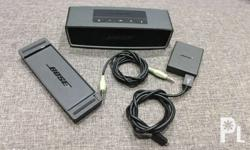 BOSE SoundLink Mini with FREE AUX cable like new