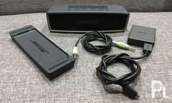 Bose sound link Mini with free AUX cable. Long battery