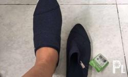 Sanuk Size 6 No box Shipping c/o buyer Available for
