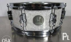 Brand new unused Beautiful Snare Sounds Great, JUST IN