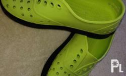 1st pic native slip ons neon green with flaws as u can