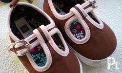 BRANDED SOFT SOLED BABY SHOES MOTHER CARE GAP OLD NAVY