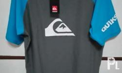 Selling my brandnew with tag quiksilver short sleeves