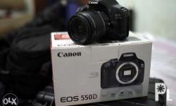 Canon 550d with 18-55mm IS w/ charger w/ 2 batteries w/