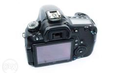 Canon 60d body only with strap, battery, charger,