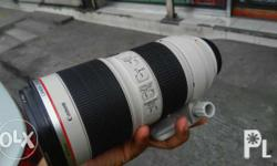 canon 70-200mm 2.8 is v2 complete good condition fresh