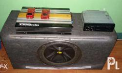 Car audio set up alpine 3500 watts amplifier Pioneer