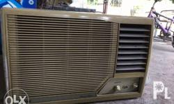 carrier aircon window type 1.5 hp in good condition