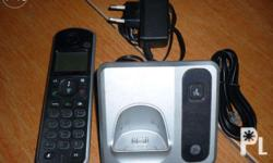 GE cordless phone with battery, charger, manual and
