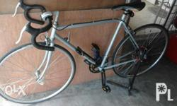 Selling my classic road bike. Issue: seat post stuck up