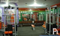 FOR SALE COMPLETE SET OF MODERN GYM EQUIPMENTS ALMOST