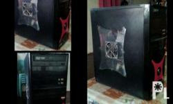 4gb ram 500gb harddish Amd. Good for gaming.. 18inch