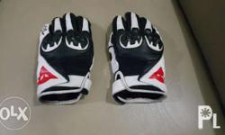 2nd hand dainese gloves size Small
