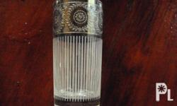 im selling my decorative silver glass design.