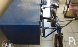 delivery bicycle with side container ideal for laundry