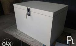High quality fiberglass delivery boxes. With insulation