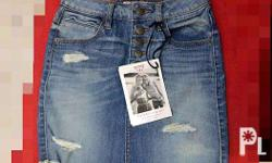 It is a new and beautiful denim skirt of guess brand.