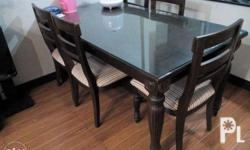 Negotible price Dining set with glass Made of hardwood
