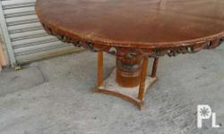 Semi narra. With glass top. Issue: needs repaint Pick