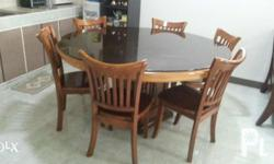 Set includes 1 table and 6 chairs. Great condition, no