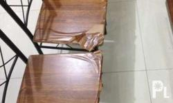 Selling our pre loved dinning table 6 po yung chair nya