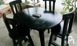 dinning table with 4chairs. slightly used.