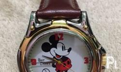 Vintage 2-tone disney mickey mouse watch. In great