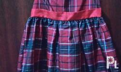 Girl'a dress (5-7 years old) Size 6 Good as new. Php400